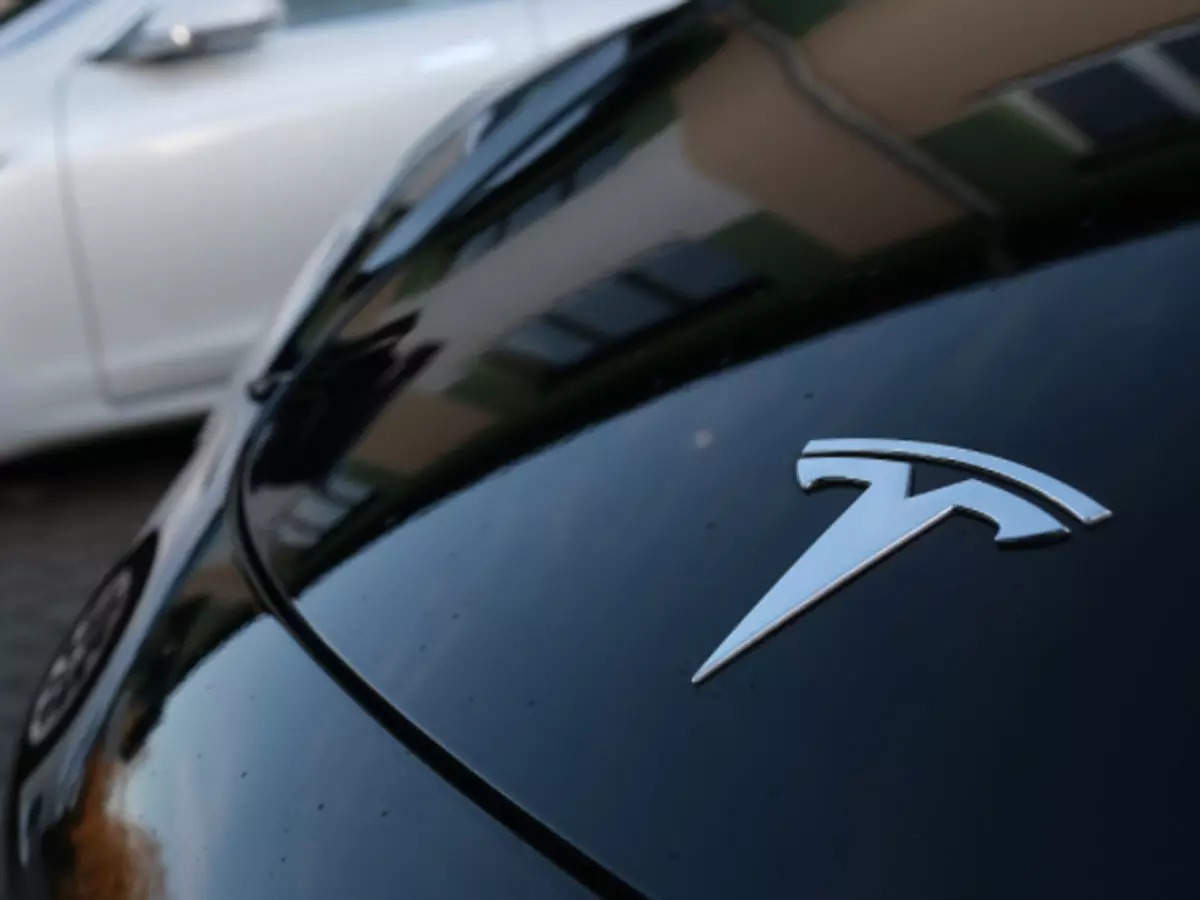 Elon Musk Describes Tesla's Full Self-Driving Beta v10 As Mind-Blowing As Company Pushes For Wider Release