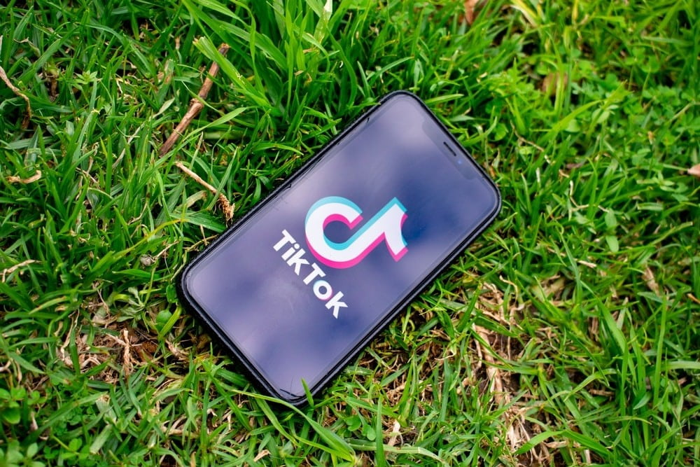 People Spend More Time On TikTok Than YouTube, Average Watch Time Per User Now Over 24 Hours Per Month